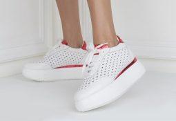 Bayan Spor Ayakkabılarında Beklenen Modeller