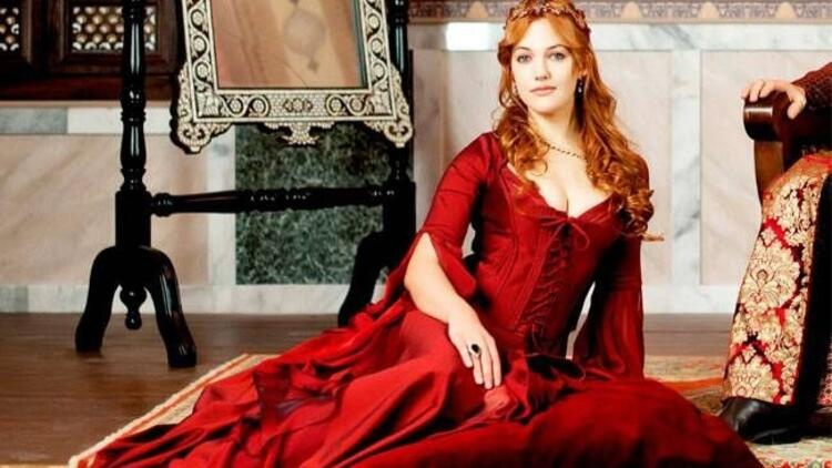 Kızıl Kırmızısı Ombre Saç Modeli